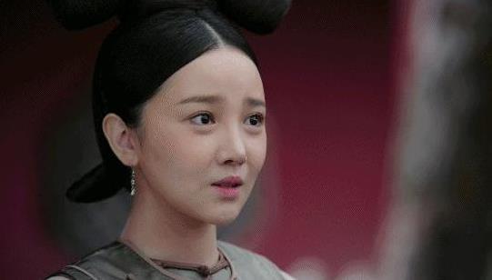 陈小纭的家境资料,陈小纭男朋友于小彤分手了吗?