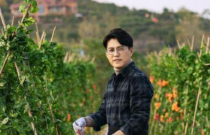 靳东最新电视剧2021,靳东老婆叫啥名字