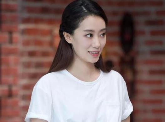 张小斐签约李冰冰公司引争议,这是和贾玲解约了吗
