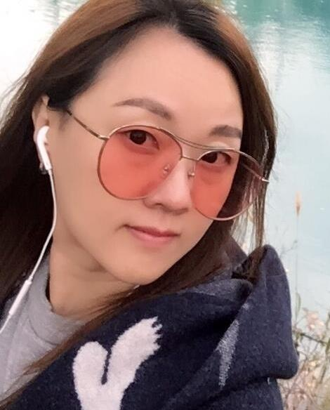 王自健老婆的照片