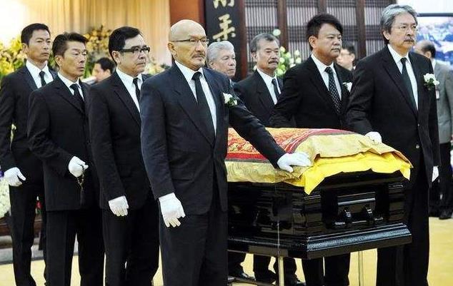 在香港扶灵意味着什么:扶灵人一般是什么关系