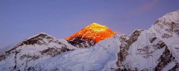 珠穆朗玛峰高多少米