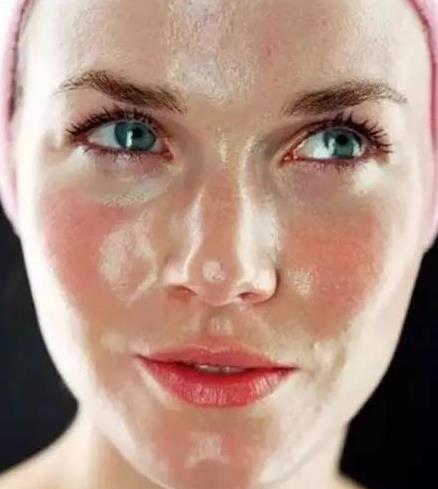 油性皮肤脱妆怎么办,夏季防脱妆小技巧